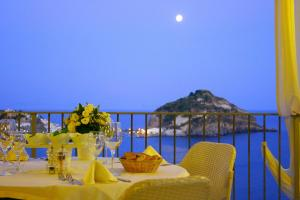 Photo of Hotel Torre Sant'angelo