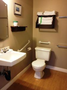 Two-Bedroom Cottage - Disability Access