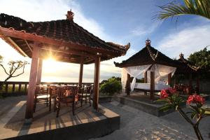 Photo of Dodol Lembongan Cliff Sunset Homestay