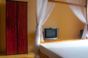 Marine Tourist Guest House @ Negombo Beach