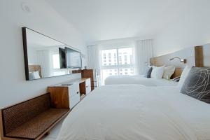 Deluxe King Room Cityview