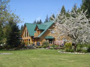 Photo of Cowichan River Wilderness Lodge
