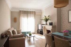 Two-Bedroom Apartment Pau Claris