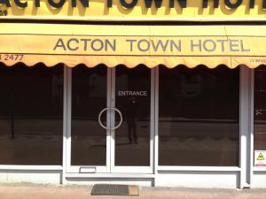 Photo of Acton Town Hotel