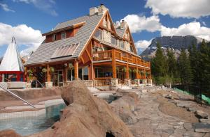 The Hidden Ridge Resort Banff