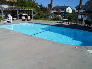 Days Inn San Jose Milpitas - Milpitas, CA 95035 - Photo Album