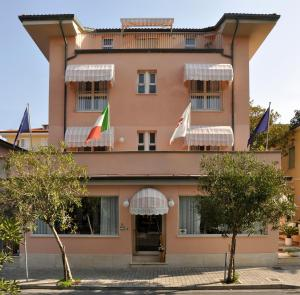 Photo of Florentia Hotel