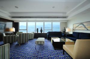Executive King Room with Club Lounge Access