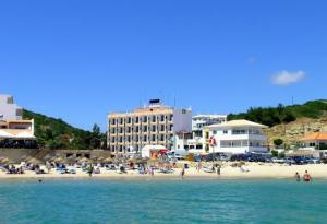 Photo of Hotel Residencial Salema