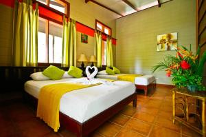 Standard Room - Include Transfer From SJO + Full Board + 2 Tours!