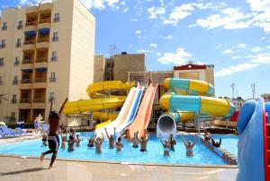 Photo of King Tut Aqua Park Beach Resort