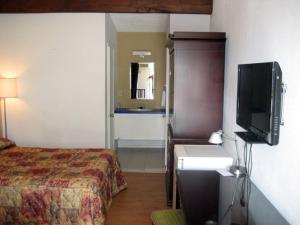 Motel Iberville, Motely  Saint-Jean-sur-Richelieu - big - 3