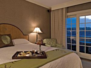 The Harbor View Room