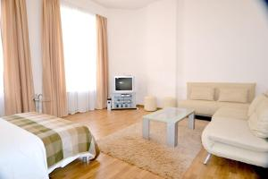 Quality Apartments at Golden Gates, Киев