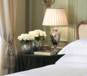 Four Seasons Kamer met kingsize bed