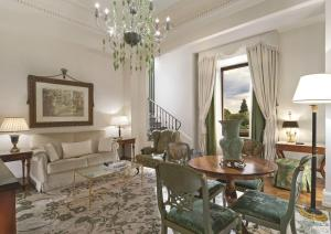 Suite Executive con cama extragrande y vistas al Duomo