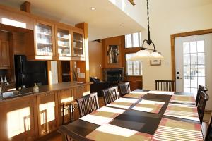 Three-Bedroom Chalet (10 Adults)