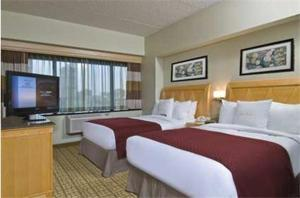 Double Tree By Hilton Hotel & Suites Jersey City