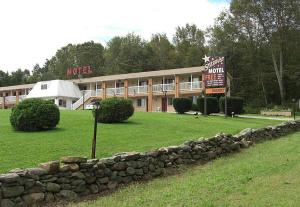 Stardust Motel - North Stonington, CT 06359 - Photo Album