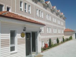 Photo of Başkent Demiralan Hotel
