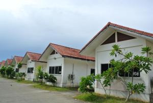 Photo of Chumphon Park Resort