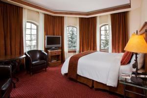 Premium Room with Mountain View