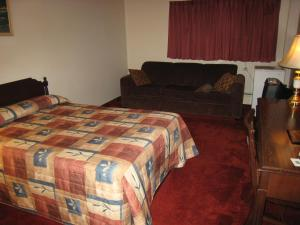 Standard Double Room with Sofa Bed