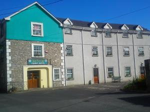 An Stór Hostel