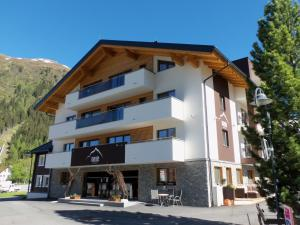 Photo of Alpinhotel Monte Superior