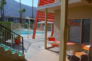 Photo of Aloha Hotel Palm Springs