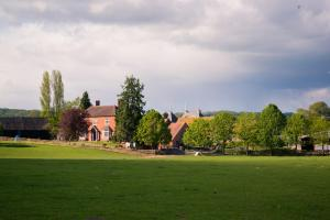 Whitbourne, Worcester, WR6 5RD, England.