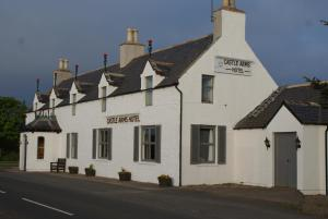 Photo of Castle Arms Hotel