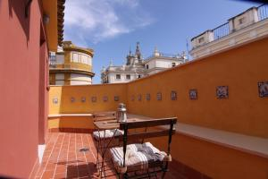 Photo of Living Sevilla Apartments Catedral