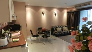 Apartments Friendly Ne Ocondo Pattaya