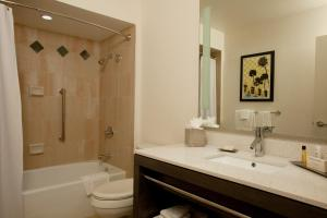 Junior Suite (No Resort Fees)