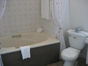 Motel Iberville, Motely  Saint-Jean-sur-Richelieu - big - 30