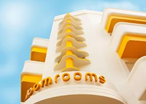 Hotel bloomrooms @ New Delhi Railway Station, Nuova Delhi