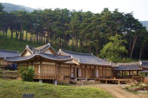 Photo of Korean Traditional House   Chungnokdang