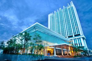 Js Luwansa Hotel & Convention Center