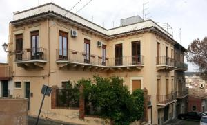 Dimora Dei Normanni Bed And Breakfast