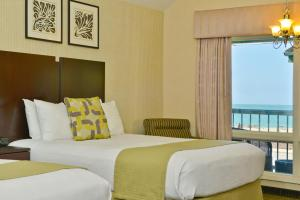 Queen Room with Two Queen Beds - Ocean View - Non smoking