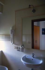 La Cascina Camere, Bed & Breakfasts  Agerola - big - 5