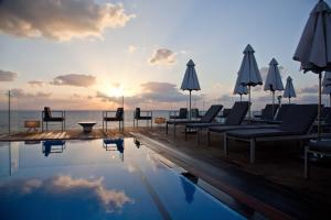 Photo of Carlton Tel Aviv Hotel – Luxury On The Beach