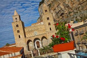 Palazzo Villelmi, Bed and Breakfasts  Cefalù - big - 53