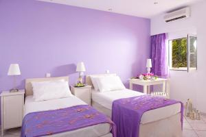 Primavera Beach Hotel Studios & Apartments