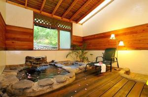 New Life Hot Spring Resort