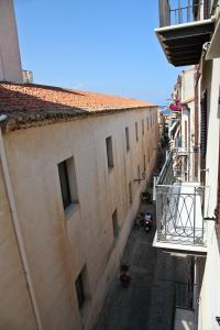 Palazzo Villelmi, Bed and Breakfasts  Cefalù - big - 15