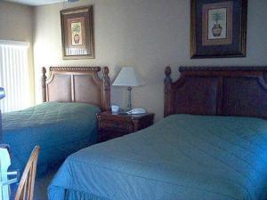 Castle Pines Golf Villas A 3 Palms Hotel