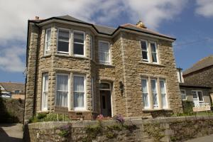 Glenleigh Bed and Breakfast in Marazion, Cornwall, England