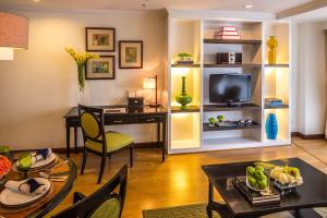 Discovery Suites Manila, Philippines, Hotely  Manila - big - 2